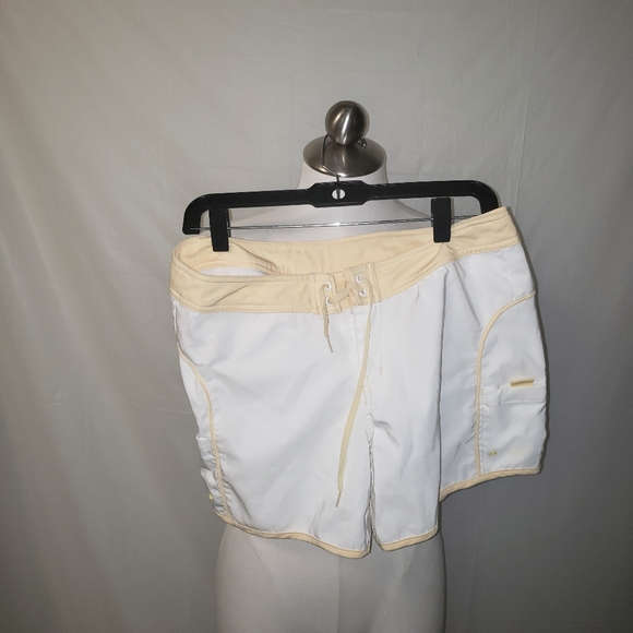Fox Other - Fox Beach Short Yellow and White Size J7